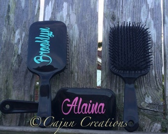 Personalized hair brush, monogram hairbrush, paddle brush, gifts for girls, teenager gift, bridesmaids gift, hairstylist gift, custom gift
