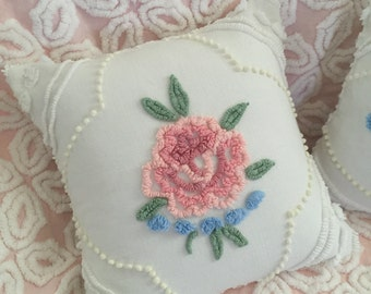 "Vintage Chenille 'Cabbage Rose' Accent Pillow - 12"" Decorator Insert Included - Cottage Chic Decor"