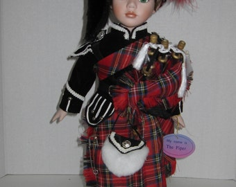Porcelain Doll The Piper