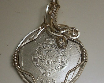 Costa Rica Vintage Coin Pendant1989