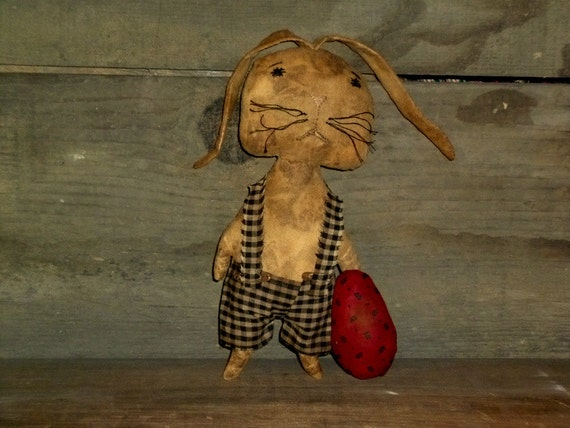 Ready to ship ~~~ Primitive Bunny Rabbit w/Egg ~~ Easter & Spring Decoration ~~ rag stuffed ~~ sale ~~ ready to ship