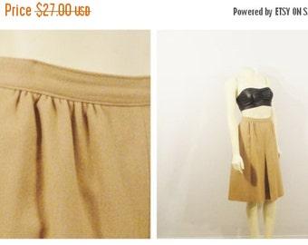 CLOTHING SALE Vintage Skirt 60s Mad Men Era Robert James Inverted Pleat Wool Blend Secretary Skirt Size 16 Modern Medium