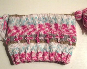 Daisy Fairisle Style Baby Hat with Tassels