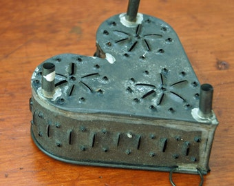 Antique Punch Tin HEART Shaped CHEESE MOLD Tinware Rare Primitive Metal Star Design Rotating Hanging Ring Excellent Vintage Condition