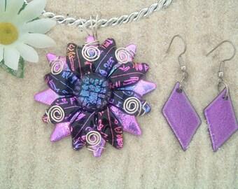 Handcrafted Dichroic Glass Flower/Sunburst Pendant