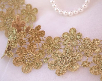 metiallic Gold lace trim with plum flowers