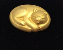 Vintage Cats brooch/pin, gold tone, Stamped J J, item no B026