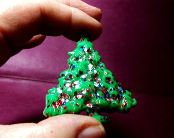 Christmas Tree Brooch, Decorated Tree pin, Sparkly ornimental brooch, Xmas overcoat pin....