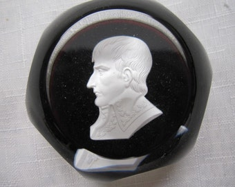 Baccarrat Sulphide Paperweight
