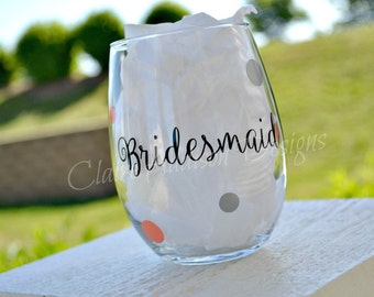 Personalized Stemless Wine Glasses - Bridesmaid, Maid of Honor, Matron of Honor, Bachelorette, Girls' Weekend, Auntie, Mommy's Time Out,Gift