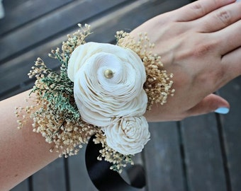 Luxe Wrist Corsage - Ready to Ship! Ivory Sola Flowers, Mother of the Bride, Natural Wedding, Vintage Wedding