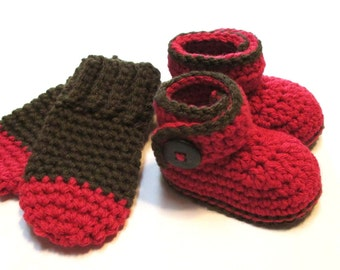 Fall winter baby booties and thumbless mittens set.  0-3 months.  Red and brown.  Ready to ship fall winter baby wear.  Baby shower gift.