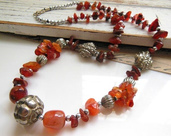 Vintage Tibetan Chalcedony Carnelian Gemstone Silver Bead Tribal Necklace WW17