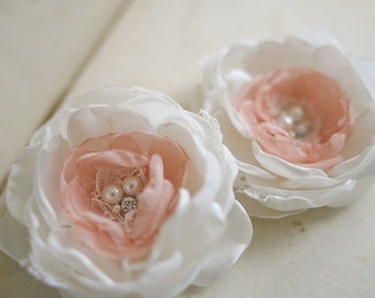 Ivory Hair Flowers Bridal Hair Accessories Vintage Inspired Flower Hair Clips Ivory Blush Lace Wedding Fascinator Flower Duo CUSTOM COLORS