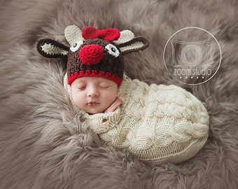 Reindeer crochet hat for baby