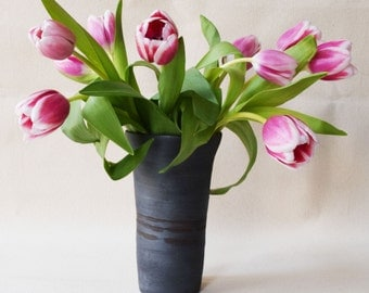 Matte Black Flower Vase/Flower Vase/Vase/Black Vase/Flowers/Ceramic Vase/Ceramic Flower Vase (C10)