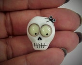 lampwork glass skull bead with spider on for jewellery making, charms, Halloween, day of the dead, SRA