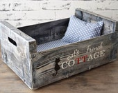 Cat bed - handmade - recycled - wooden crate - old wood - polka dots - grey