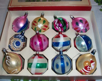 Beautiful Vintage Glass Ornaments.. Hand Decorated...Poland Christmas Tree Ornaments...Very Nice Shiny Bulbs...Balls...Baubles...