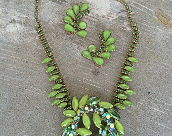 Juliana lime Green runway statement necklace and earrings 1950s rare color stunning