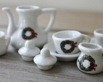 Vintage miniature tea set / for altered art project / white mini cups / miniature teapot / Christmas wreath decoration / cottage style decor