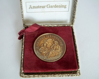 Large Vintage Amateur Gardening Medal Boxed Great Gardeners Gift!