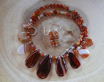 19 Inch Red Striped Agate Seven Drop Necklace with Earrings