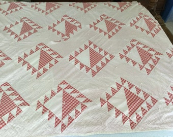 Antique Feedsack Patchwork Quilt,Primitive Quilt,Feedsack Material,Red and White