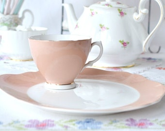 English bone china snack / tennis set: salmon pink tea cup with an integrated saucer and plate, perfect hostess / luncheon set
