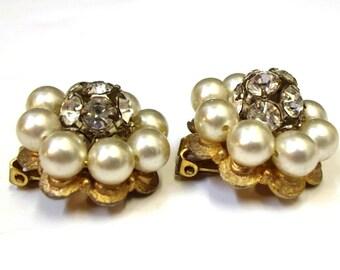 Ivory Pearl Rhinestone Earrings Vintage Clip On Rhinestone Pearl Earrings Wedding Bridal Earrings Pearl Rhinestone Flower Earrings DD 755