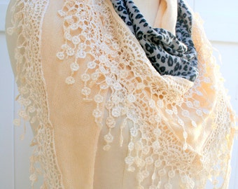Lace triangle Scarf, womens Gift for Mother, wraps shawls, pretty in pink, unique handmade scarves, spring summer scarf, Knit Cotton, PiYOYO