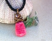 Rhodochrosite wire wrapped pendant/Gemstone pendant/Gift for her/Gift for girlfriend/Steampunk/Pink/Birthstone/Yoga jewelry