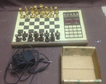 Vintage electic chess board set/ wooden chess boards