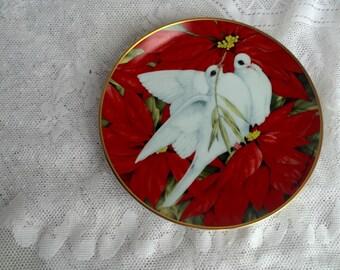 Vintage Christmas Doves Decorative Plate 1991 / American Lung Association Franklin Mint Fine Porcelain Plate
