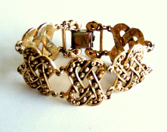 Rare Vintage Jewelry Lux Bracelet Etruscan Collectible Designer Etrusceana Rice Weiner Hollywood Gold Plated Gorgeous Statement Gift for Her