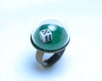 Dice ring. Functional Dice ring. Las Vegas Gambling Craps Gift. Modern Jewelry. Snow globe ring.