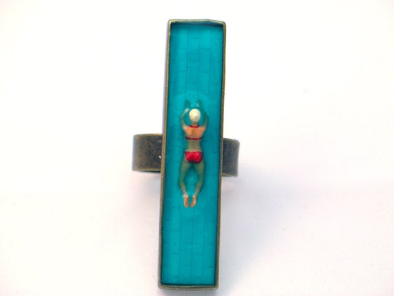 Swimming Pool Jewelry : Swimming pool resin ring jewelry by goldfingerbarcelona