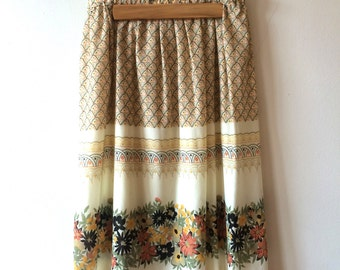 70s Bohemian Patterned Floral Skirt Women's Small