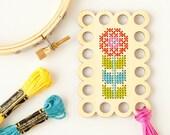 CLEARANCE: Flower Embroidery Floss Organizer DIY Kit, Thread Minder, Floss Holder, Wood Floss Keep, Modern Cross Stitch Organizer