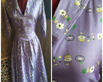 1950s lavender novelty print dress with full circle skirt sz l 30w