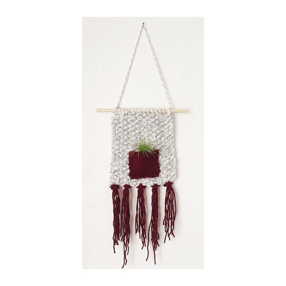 Knitted Air Plant Wall Hanging Knit Plant Holder With Beach