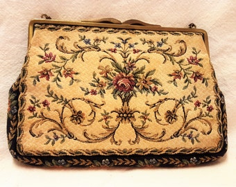 Vintage Woodward and Lothrop Floral Tapestry Evening Clutch  T1