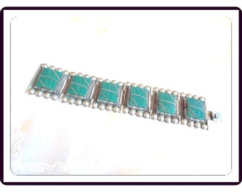 Mexican Silver Braclet - Inset Green Onyx Gemstones with Twisted Wire Zig Zag - Rectangle hinged links - Beaded Edges - Brac-1644a-112614030