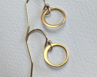 Circle Earrings, Eternity Earrings, Gold circles. Gold filled Hoops.
