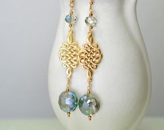 Infinity knot earring Green glass bead earring Long dangle earring Gold Chinese knot earring Long earrings Tibetan endless eternity knot