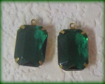 Emerald Octagon Faceted Rhinestone Jewel 21MM 1 Ring Brass Setting