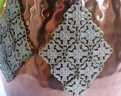 Vintage Metal Mesh Earrings, Diamond Shape Metal Earrings, Elegant Filigree Earrings, Chandelier Earring, Silver Metal Embossed Metal Design