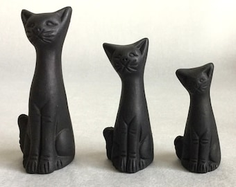 Adorable 3 Vintage clay black cats, Ten Thousand Villages.