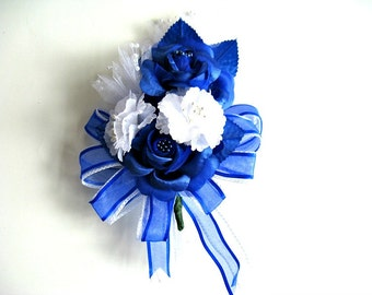 Corsage for women, Royal blue and white wearable corsage, Wedding/Bridal shower bow, Prom corsage, Floral corsage, Floral gift bow (GN134)