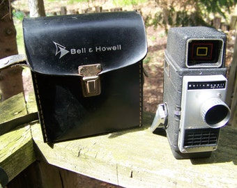 Vintage Bell and Howell Movie Camera with Case.Bell and Howell Electric Eye Camera.Made in U.S.A.Photography Prop.Vintage Movie Camera.